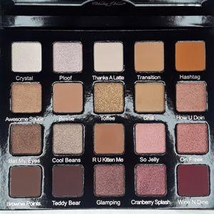 Violet Voss HG eyeshadow palette